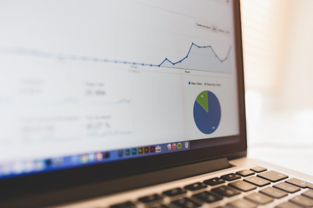 аналитика Google, для оценки ссылочной массы, органического трафика и роли ссылок в ранжировании.